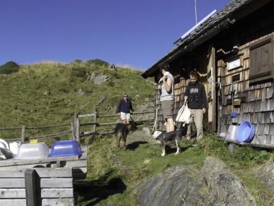 Auf der Lanschitzhütte mit Michi, Uta und Eva