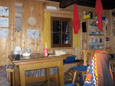 Unser Küche, das Wohnzimmer und das Schlafzimmer